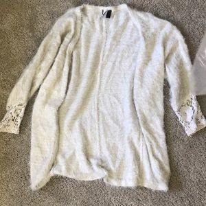 BKE white fuzzy sweater size M